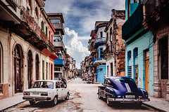 DSC_9707 (juor2) Tags: retro goody d750 nikon scene street streetsnap car after afternoon cuba havana latin america cloud