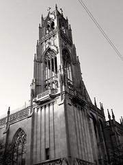 St. Ita Catholic Cathedral (williamw60640) Tags: stitacatholicchurch chicago architecture frenchgothic architecturaldetails gargoyle indianalimestone stainedglasswindows edgewaterbeach