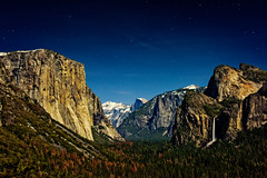 Moonlit Yosemite (tom.ye) Tags: california yosemitenationalpark nationalpark sierranevada yosemite moonlit tunnelview elcapitan halfdome sierras yosemitevalley bridalveilfall
