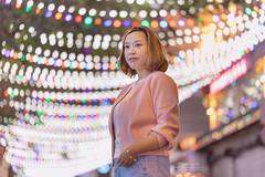 Lee Garden, Hong Kong (mikemikecat) Tags: leegarden hongkong mikemikecat sonya7r xmas  bokeh handheld hong kong sony a7r portrait smile  85mm f18 people woman carlzeiss batis