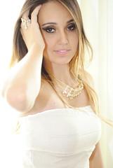 Hera Moda Feminina (cesarfonseca) Tags: brazil sunlight brasil mulher moda modelo fotos fotgrafo bia fonseca csar feminina ramazotti