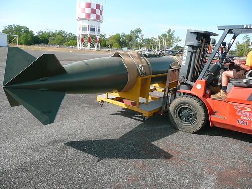 F-111 Components Darwin Arrival Fri 14 June 2013 (33)