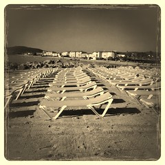Relax in Port Grimaud (maurizio.nextart) Tags: beach relax sands uploaded:by=flickrmobile flickriosapp:filter=wallaby wallabyfilter