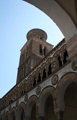 Duomo di Salerno (Goccia di luna) Tags: canon italia campania campanile duomo arco salerno noritocco