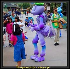 Bugs Life Character (swong95765) Tags: kids costume disneyland character ant disney bugs autograph walkway bugslife