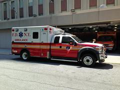 FDNY 174 Ambulance (Lonfunguy) Tags: newyork ambulance fdny