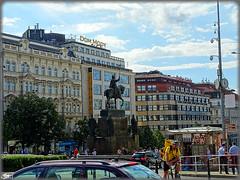 Praga (Repblica Checa)  Prague (Czech Republic) (sky_hlv) Tags: plaza namesti square wenceslassquare vclavsknmst plazawenceslao praga praha prague czechrepublic repblicacheca bohemia europe europa