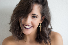 Sonre (MariaRico94) Tags: retrato gente selfie canon eos 600d lightroom 50mm smile sonre sonrisa girl beauty cross