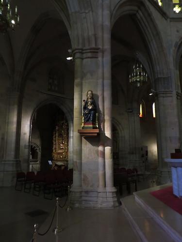 20160525 07 633 Jakobus Bilbao Kathedrale Maria Rose Statue