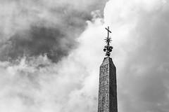 Obelisco Sallustiano (Mike Schaffner) Tags: clouds cross hieroglyphics italia lazio obeliscosallustiano obelisk roma sky spanishsteps italy it blackandwhite bw