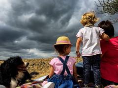 Picnic under clouds / pique nique sous les nuages (jeanclaude-Betapixel) Tags: piquenique picnic clouds nuages enfance children