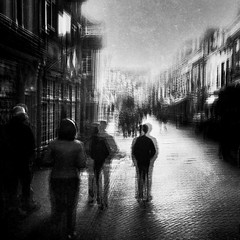 (Hanzzzie) Tags: streetphotography street citylife blur fineart sillouette shadow outofthephone iphoneography pinhole monochrome blackandwhite