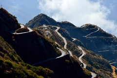 zuluk.. old silk route Sikkim (Abhranil Neogi) Tags: zuluk sikkim india nikond3200 road mountainside hairpin cloud sky