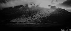 en las Trossachs (Escocia) (joluardi) Tags: trossachs escocia scotland greatbritain gb granbretaa uk unitedkingdom reinounido bw blancoynegro bn blackandwhite nikon nikond90 paisaje landscape montaa mountain