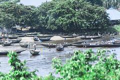 PORTO DEI PESCATORI   --   FISHING HARBOR (cune1) Tags: natura nature mare sea oceano ocean africa cameroon kibri gente people acqua water