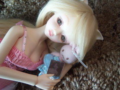 100_2593 (EilonwyG) Tags: bjd abjd luts kiddelf elfcherry