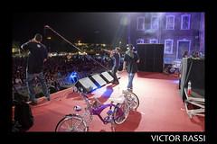 Don & Pinot (Victor Rassi 8 millions views) Tags: donpinot musica musicabrasileira rap hiphop show yomusicfestival brasilia distritofederal brasil américa américadosul 2016 20x30 canon canonef24105mmf4lis colorida 6d canoneos6d df