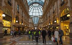 Milano (09) - Galleria Vittorio Emanuele II (Vlado Fereni) Tags: galleriavittorioemanueleii milano italy lombardia lombardy nikond600 nikkor173528 cities citiestowns
