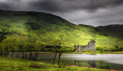 Kilchurn Castle (Philipp Klinger Photography) Tags: schottland grosbritannien great britain greatbritain gb uk united kingdom unitedkingdom loch awe lochawe lake water nature landscape castle ruin ruins kilchurn kilchurncastle highland highlands