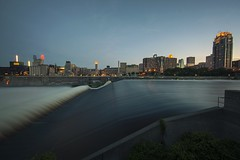 Mpls St Anthony Falls at Dusk (Chuckumentary) Tags: minnesota canon river mississippi long exposure dusk minneapolis falls stanthony 14mm