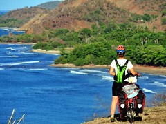 (Borena) Tags: viaje sea naturaleza verde cicloturismo green beach bike landscape mujer cuba selva bicicleta paisaje sierra ciclista paraiso vacaciones caribe maestra sierramaestra turquino