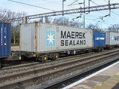 92644 Northampton 110313 (Dan86401) Tags: wagon northampton flat container fl 92 freight modal rls kfa freightliner intermodal maersksealand 92644 4m86 railease standardwagon rls92644