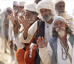 Maha kumbh mela 2013 (daniele romagnoli - Tanks for 10 million views) Tags: people india festival nikon asia portait religion indie hinduism maha ritratto indien pilgrimage pilgrim ganga inde d800 sangam allahabad  pellegrini religione induismo indiani gange uttarpradesh etnico indija   kumbhmela tradizione 2013   indianethnicity romagnolidaniele