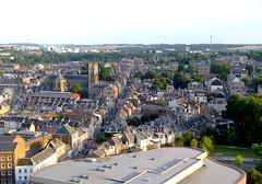 Amiens - La rue Vulfran Warm et l'glise Ste Anne (gueguette80 ... non voyant pour une dure indte) Tags: france tour amiens vue perret picardie somme hauteur