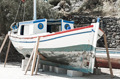 Santorini (rupertalbe - rupertalbegraphic) Tags: greek mediterraneo flag santorini greece alberto grecia oia thira mariani isola cicladi perissa ciclades emborion rupertalbe rupertalbegraphic