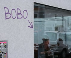 Bobo (Jo) Tags: vienna street friends people coffee caf wall arrow talking pointing faade meetingup grafitty flickrandroidapp:filter=none