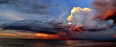arde el cielo (eitb.eus) Tags: g1 zarautz fenomenosatmosfericos 27828 eitbcom tiemponaturaleza joxepeazpitartezabala