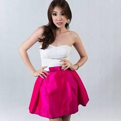 เดรสออกงาน เกาะอก กระโปรงสั้น ผ้าไหม ธีมสีบานเย็น น่ารักๆ ให้เช่านะค้าา^.^ สนใจตัดชุดราตรี เดรสออกงาน ชุดเพื่อนเจ้าสาว ลองเข้าไปดูผลงานสวยๆ ได้ที่ www.dressbyatale.com หรือลองแอดไลน์มาคุยกันได้คะ Line : gib-atale #ชุดราตรี #ชุดลูกไม้ #ชุดราตรียาว #ชุดเพื่