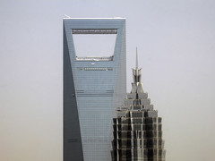 Shanghai World Financial Center & Jin Mao Tower (P. Burtu) Tags: 2009 kina shanghai china building byggnad architecture arkitektur sky himmel vr spring nikon