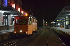 29.10.2016 (II); Poetsen in Utrecht (chriswesterduin) Tags: evag 652 sun sunij sneltramutrecht utrecht tram werktram strukton