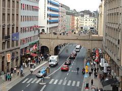 Kungsgatan at Regeringsgatan, Norrmalm, Stockholm (Steve Hobson) Tags: norrmalm stockholm kungsgatan regeringsgatan bridge