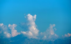 fluffy teddy bears in the sky (Riex) Tags: mountains montagnes pics peaks alpes alps skyline nuages clouds cumulus sky ciel nature suisse switzerland a900 minoltaamount amount tamronsp70300mmf456