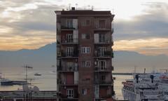 View of the gulf of Napoli (primo piano) Tags: panorama vista palazzo golfo napoli mare cielo nebbia appartamenti casa simmetria veduta nave traghetto costa luci finestre balconi antenne mattino chiarore