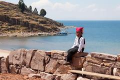 Niño de Taquile (Andrés Guerrero) Tags: boy peru titicaca lago niño taquile lagotiticaca etnias