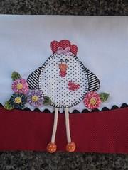 SAM_2164 (Cida Artes) Tags: de galinha pano flor fuxico prato laço lacinho barrado pintadinha