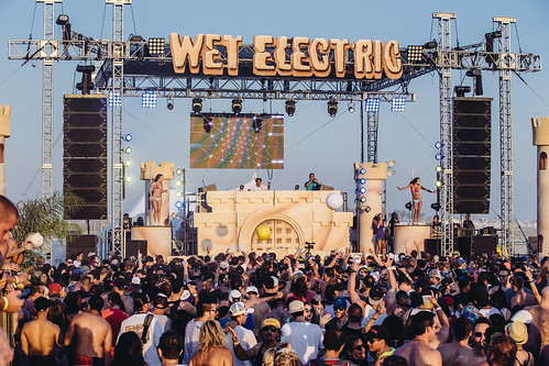 14 Sep 2013 - Wet Electric, Cali [Photo credit: Rukes]