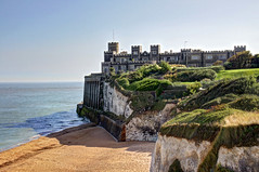 Kingsgate Castle, Kent, UK (**Anik Messier**) Tags: uk castle beach coast kent cliffs coastal northsea chalkcliffs kingsgatebay coastaluk coastuk kingsgatecastle welcomeuk