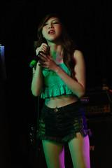Singing with Emotion (Rickloh) Tags: music 50mm asahi pentax takumar live performance rick samsung thai singers smc nx mirrorless nx11 rickloh