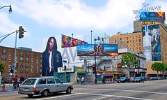 Downtown LA (Montre ce qu'il voit!) Tags: panorama usa calle losangeles pub broadway kobe bryant rue californie etatsunis tatsunis olympuse510 streetphotorgaphy ilobsterit julienvidal