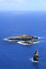 Motu Nui, with the smaller Motu Iti in front and the tip of the sea stack of Motu Kau Kau. (tp_pinkie) Tags: chile2013