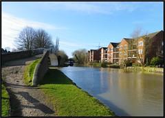 Britannia Bridge Hawkesbury Junction Coventry. (nexapt101) Tags: canal hawkesbury britanniabridge suttonstop