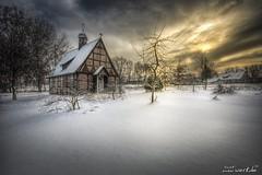 weihnachtszeit III (manfred-hartmann) Tags: kapelle kirche lichtzauberwerk manfredhartmann schnee weihnachtszeit winter wolken germany