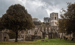 Fountains Abbey (Rob A Atkins) Tags: autumn cistercian fountainsabbey nationaltrust worldheritagesite yorkshire fall monastery monk religion ruins welcome2yorkshire