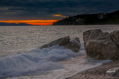 Sonnenuntergang (hph46) Tags: trogir croatia kroatien sonnenuntergang meer adria wasser felsen brandung wolken canon eos5dmkii