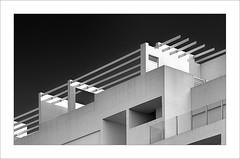 Urbanització III / Urbanization III (ximo rosell) Tags: ximorosell bn blackandwhite blancoynegro bw cullera composició arquitectura architecture nikon d750 buildings llum luz light white