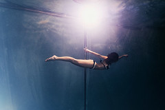 Dancing Pol UW (Petr Kleiner) Tags: dancing pol woman underwater fly blue white skiny girl pentax light